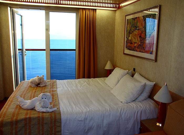 Funny pictures gallery carnival cruise rooms carnival for Balcony on carnival cruise