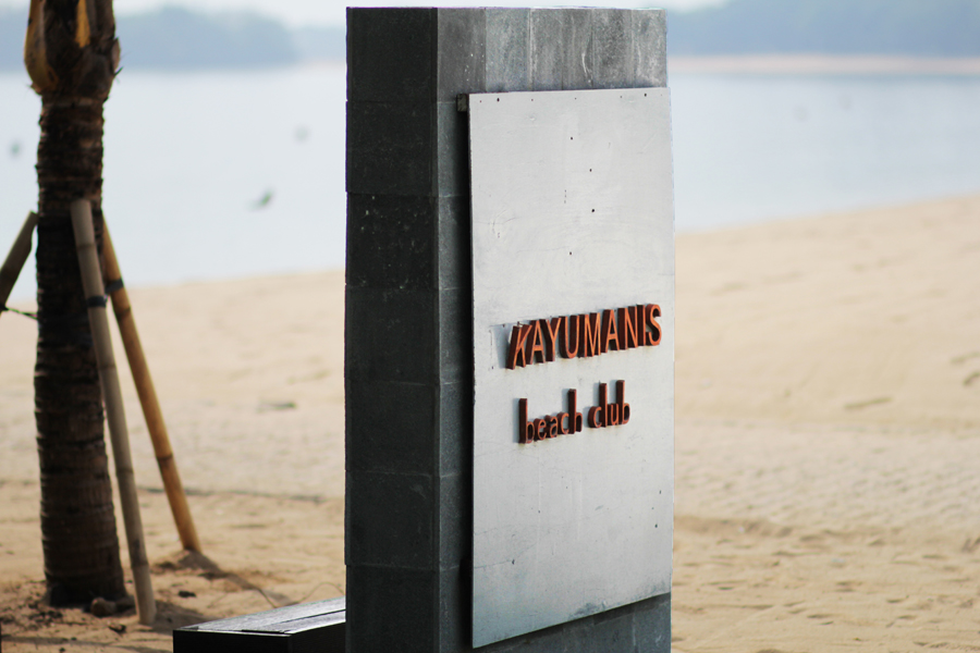 kayumanis beach club nusa dua