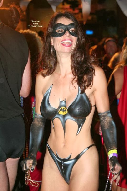 Naked Bat Woman 32