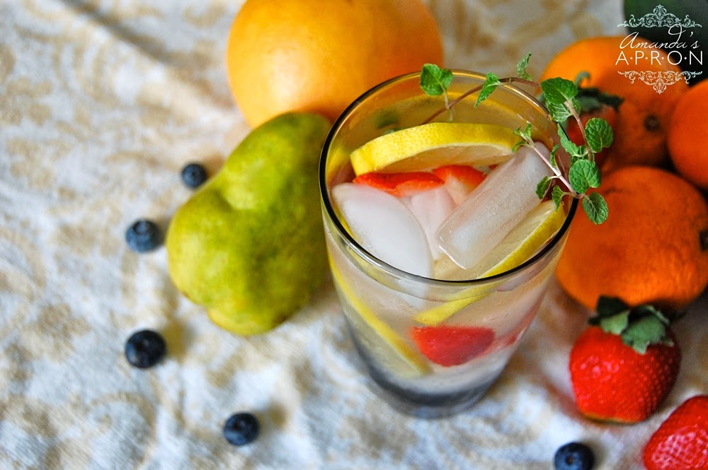 35+ Flavored Water Recipes