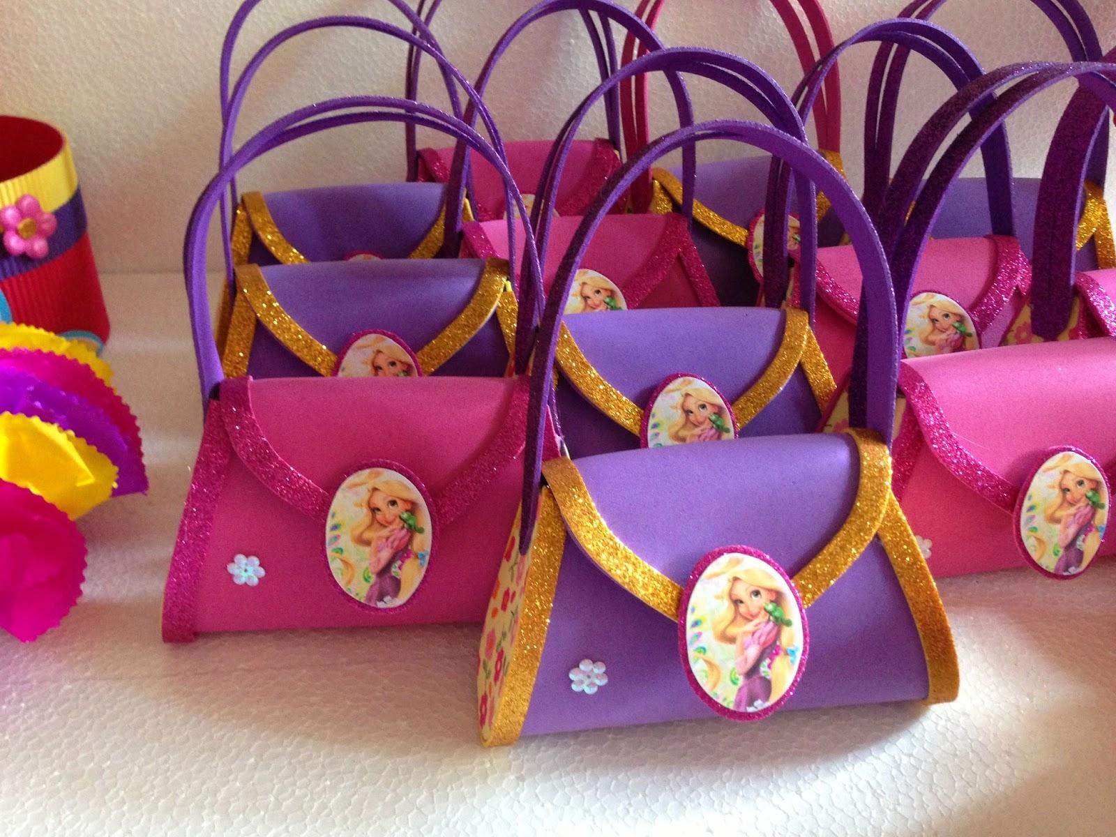 Decoraciones infantiles rapunzel enredados for Decoracion infantil goma eva