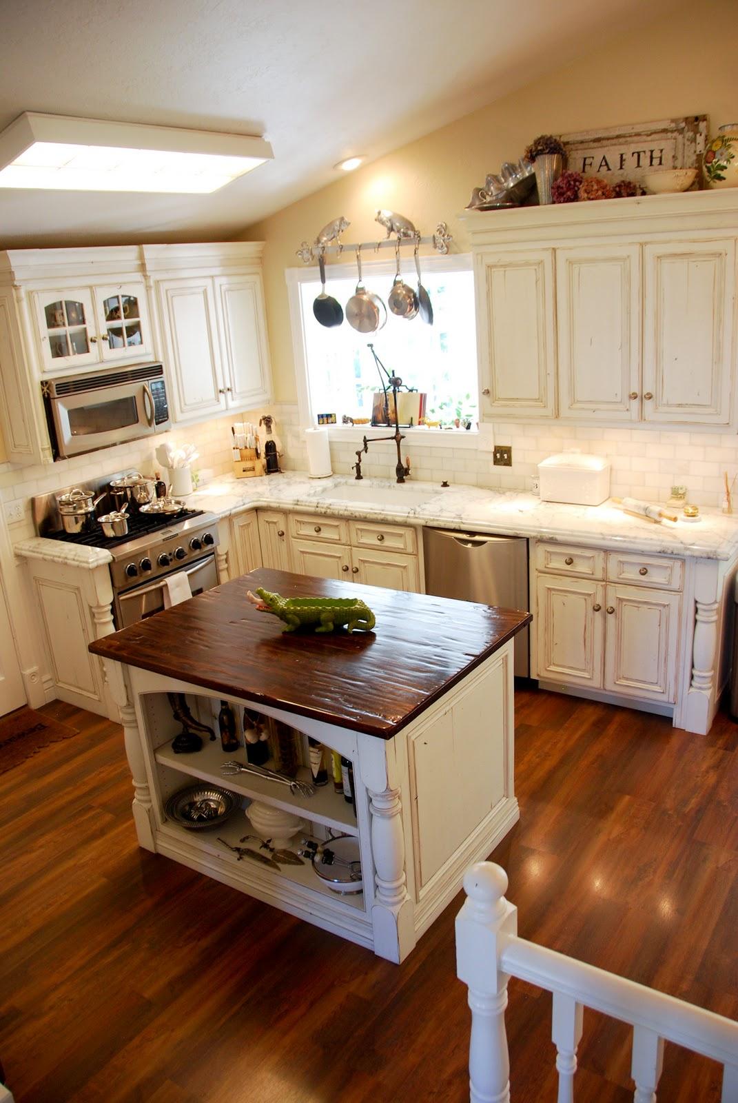The Granite Gurus Calacatta Gold Marble Kitchen
