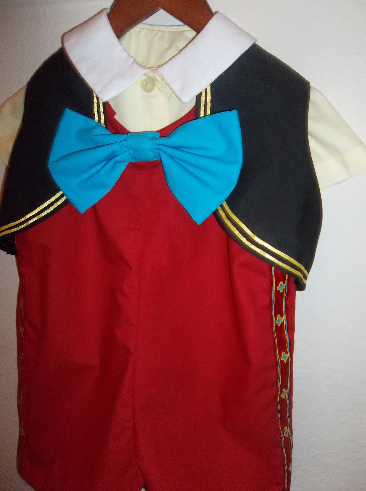 Little boy 39 s pinocchio halloween costume frosted by for Pinocchio hat template