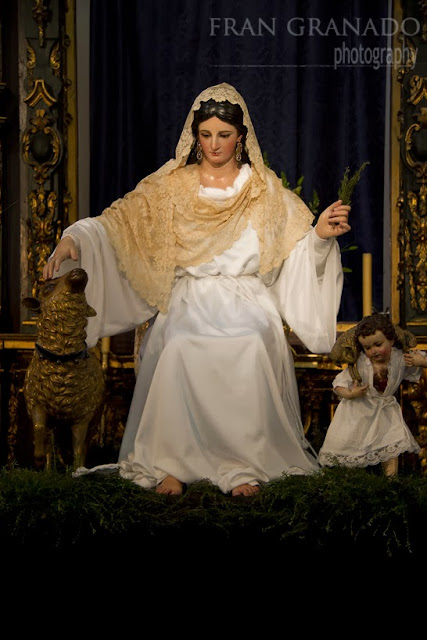 http://franciscogranadopatero35.blogspot.com/2013/12/divina-pastora-de-capuchinos-en-su.html