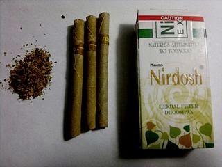 """Ini dicampuri macam-macam herbal yang """"katanya"""" berkhasiat sebagai obat. Aku sendiri tidak percaya hehehe"""
