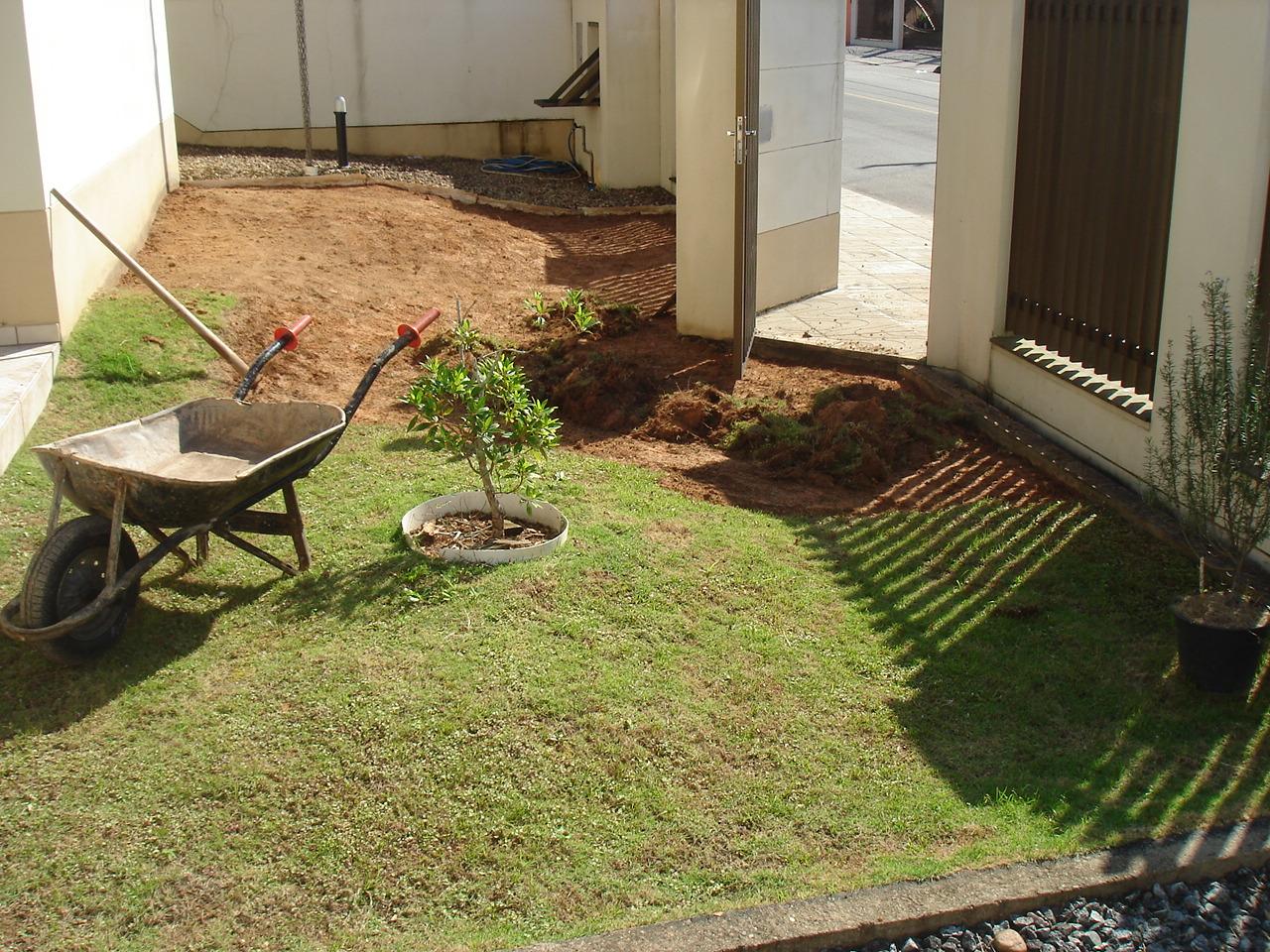 Silvio jardins id ia jardim pequeno for Jardines pequenos simples