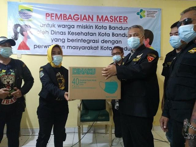 Gibas Kota Bandung Bagikan Ribuan Masker