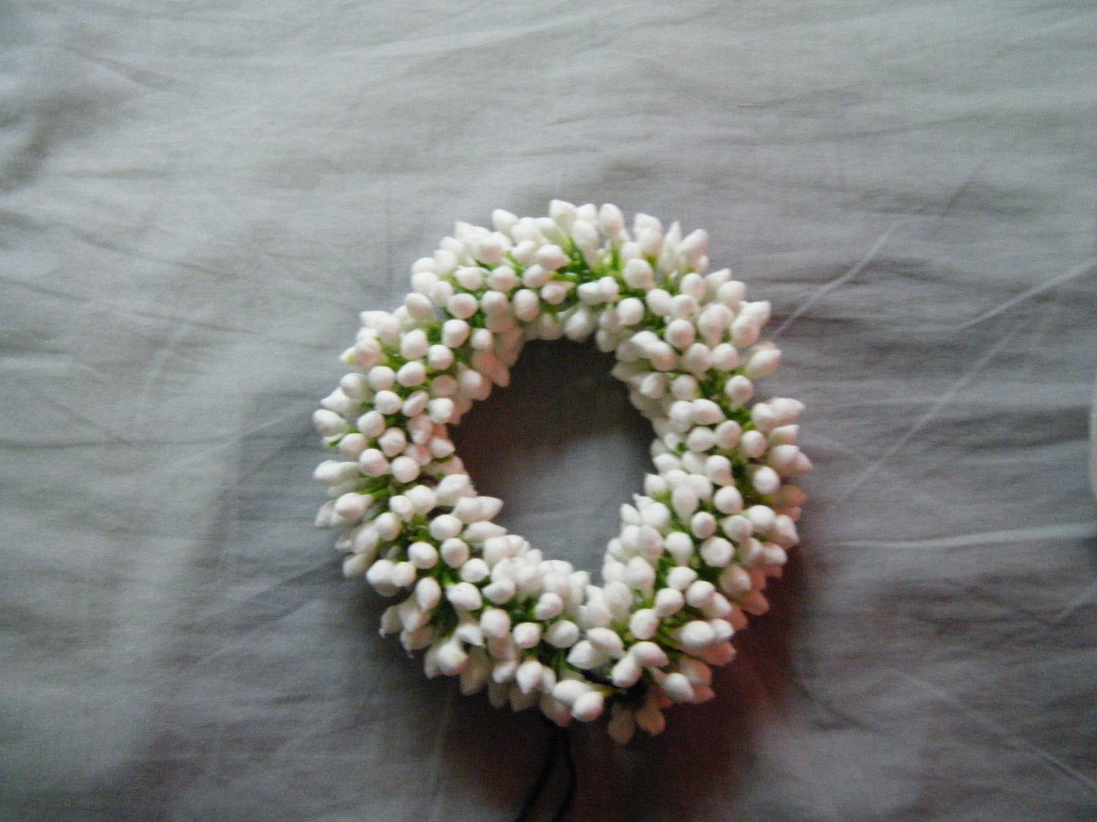Ants project space flowered headwear acquisition yay i also bought a string of fake jasmine buds these have been created out of cotton and the tips dyed green they actually look alot like actual buds izmirmasajfo