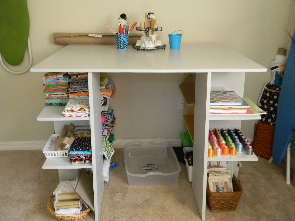 Paper to thread craft table and mini craft room reveal for Small craft table with storage