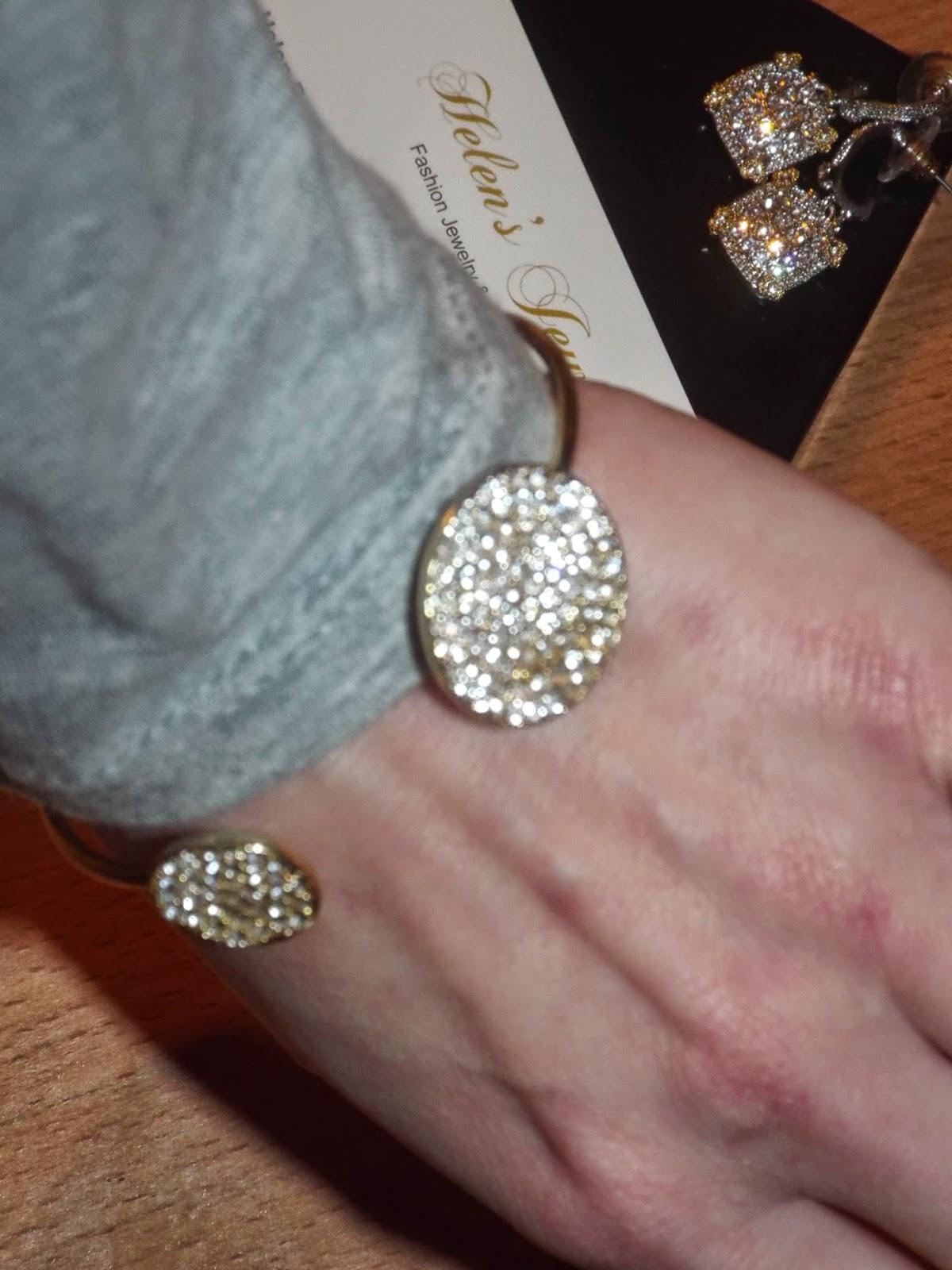 Helen's Jewel's Bracelet Try-On
