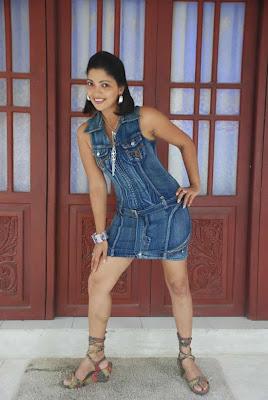 Thanuja Weerasooriya Nude Photos 70