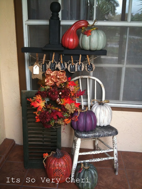 Fall in Florida,  Autumn Lanai Decor {It's So Very Cheri} @SettingforFour