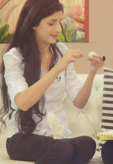 Mawra Hocane is Beautiful, attractive, fine and Much More