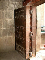 A strong door in Shaniwarwada Fort