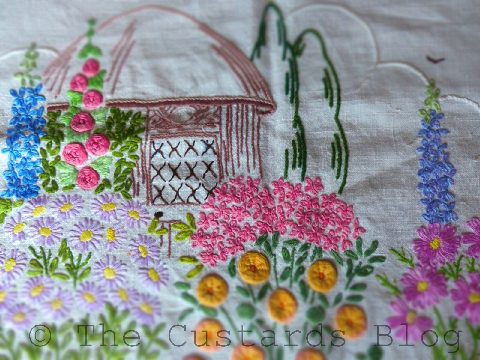 Outline embroidery designs for tablecloth -  Tablecloths I Have Some Quirky Printed Ones That I Like Muchly And Some Embroidered Ones That Are Not So Fancy But Have Little Details That I Love