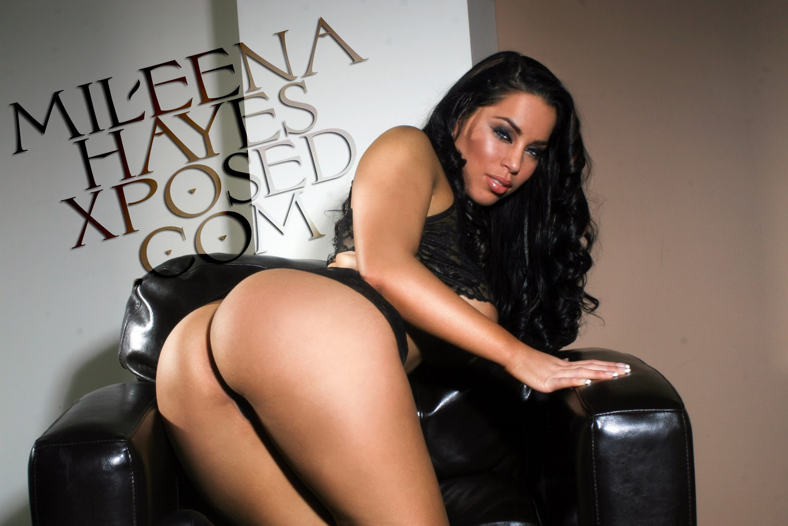 Bubble Butts and More!: Mileena Hayes!