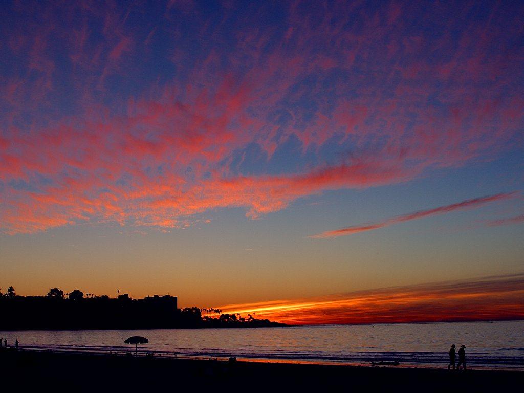http://3.bp.blogspot.com/-gw_lwao1HdA/UDGGw3wY7dI/AAAAAAAAAo8/lHjg6MBz8ZU/s1600/SanDiego-CoastlineSunset_01.jpeg