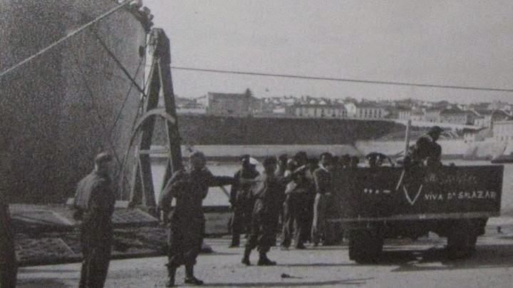 8 Outubro 1943 Angra do Heroísmo Desembarque dos Ingleses