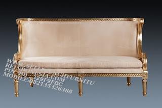 Jual mebel jepara,mebel ukir jati jepara,sofa jati jepara furniture mebel ukir jati jepara jual sofa tamu set ukir sofa tamu klasik set sofa tamu jati jepara sofa tamu antik sofa jepara mebel jati ukiran jepara SFTM-55030 Sofa Jati italian Furniture