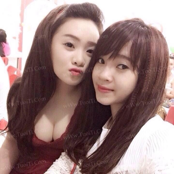 Ảnh Gái Xinh Chà Giang Vú To Size Dưa Hấu