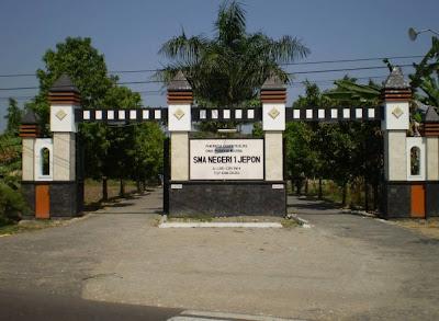 SMA 1 Jepon