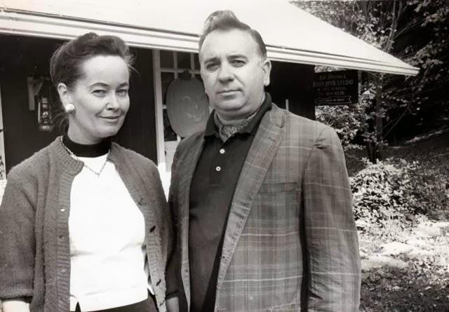 Lorraine e Ed Warren