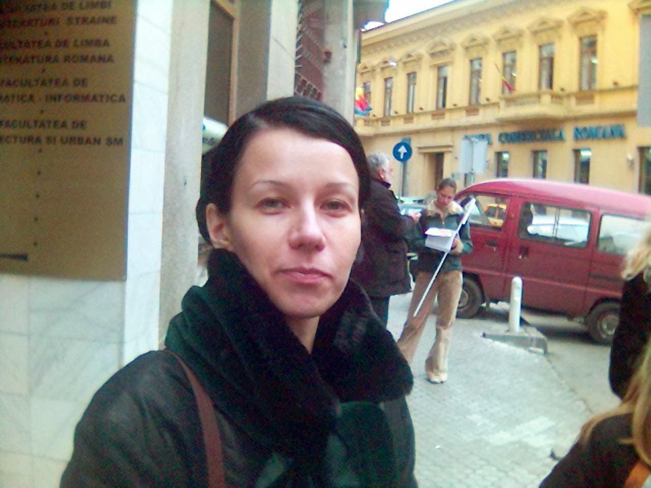 """Olivia Maria Marcov in 2005, anul I, faceam tratament cu """"driptane"""" pentru vezica neurogenã"""