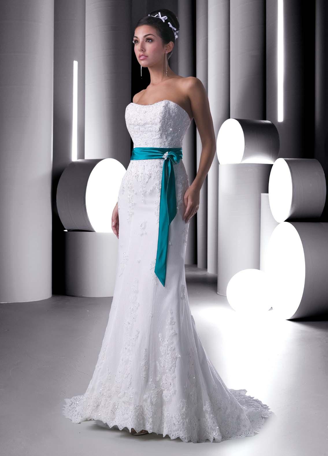 Mis vestidos de novia novias con color detalles de color for Wedding sashes for dresses