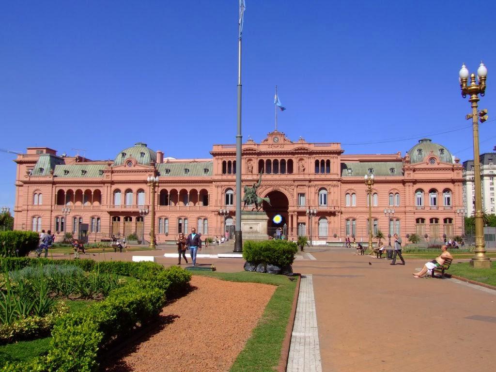 Carmen e loris buenos aires capitale dell argentina for Palazzi davvero grandi