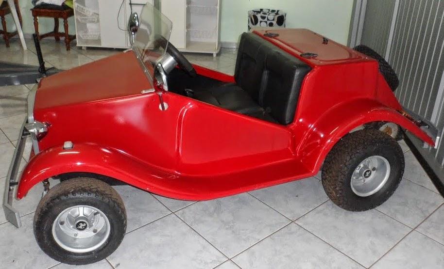 Este Mini Buggy MP Lafer tem capacidade para levar um adulto ou duas crianças.