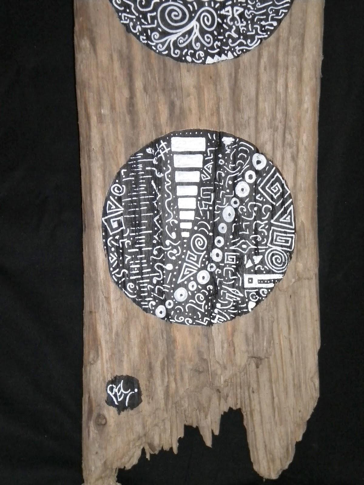 Latelierdepec totem quintuple noir for Peinture bois flotte
