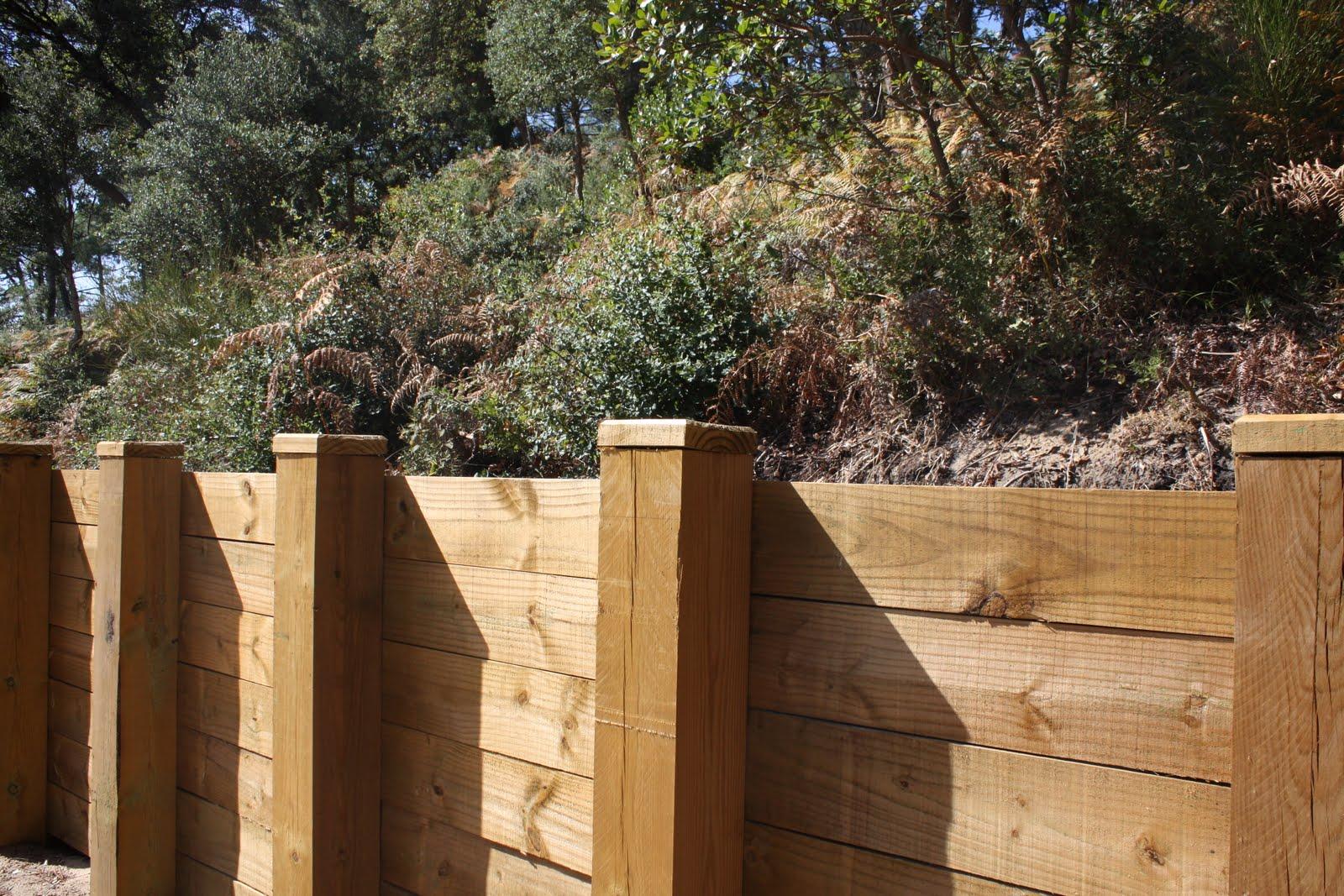 Jardins Déco D'utiles retenues de terreà créer soi m u00eame # Retenue De Terre En Bois Autoclave