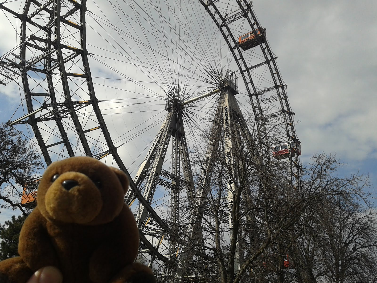 Teddy Bear in Prater, Vienna