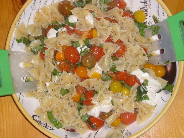 Roasted Heirloom Tomato Caprese Pasta