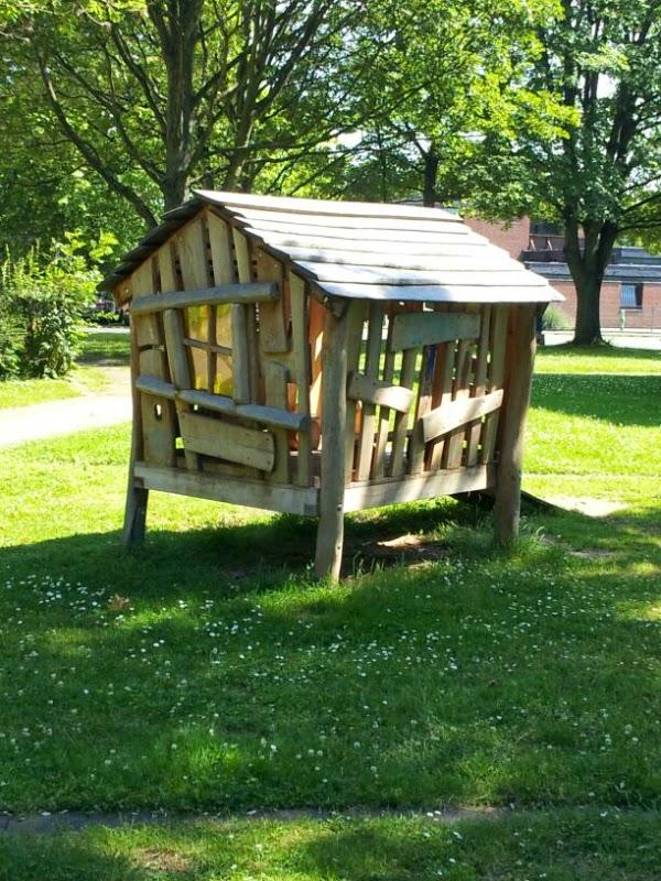 Himbeerprinzesschen Holz Spielhaus Kinder 12 von 12