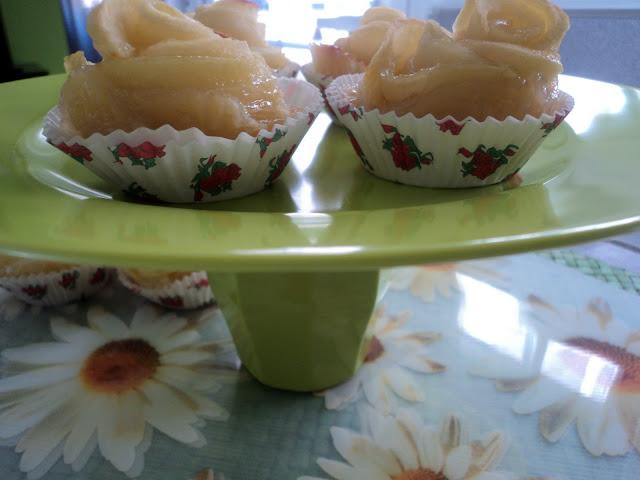 Rosas de hojaldre y manzana receta casera