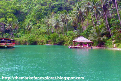 loboc floating restaurant bohol