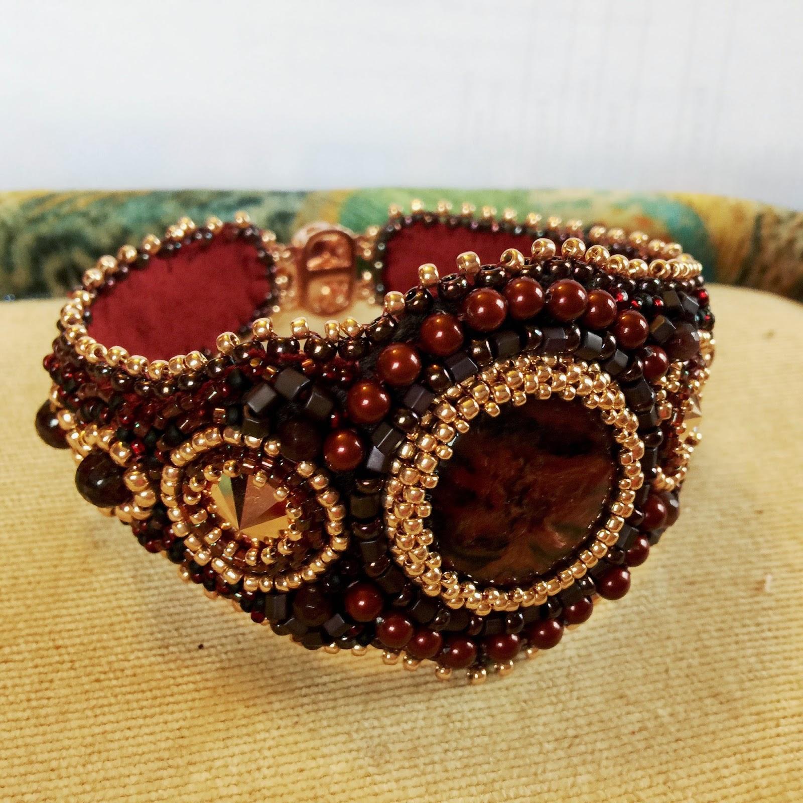 The dangerous mezzo wedding bracelet bead embroidered