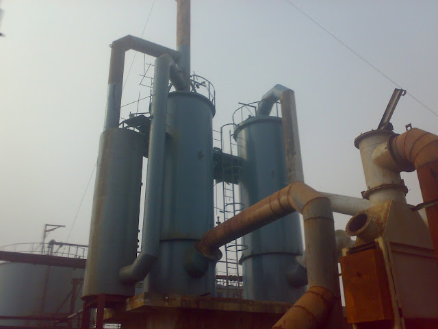 Sulfuric Acid Plant in Pakistan 100 Metric ton daily production by contact process single absorption, image by irfan ahmad plant operator, dry tower, absorption tower and scrubber tower images
