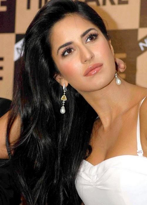 , Katrina Kaif Face Close Up Pics