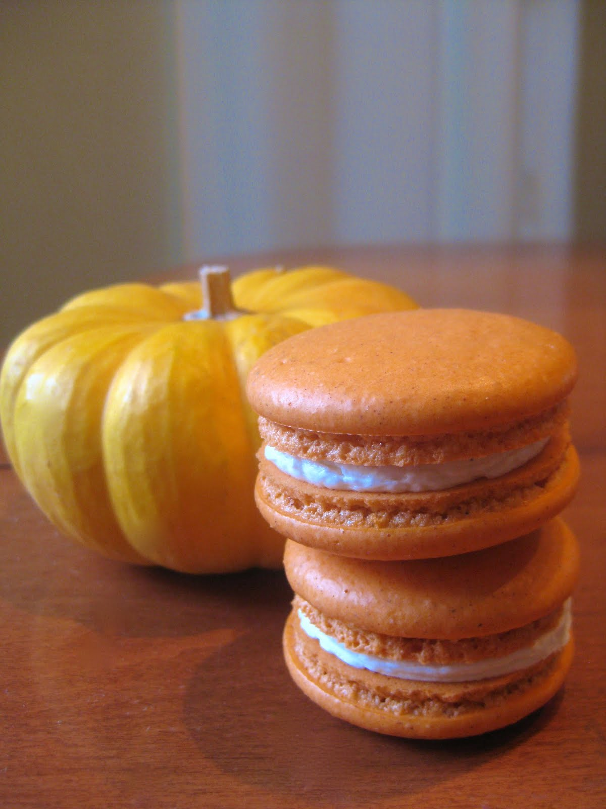 UPDATE 11/01/2013: Check out the pumpkin spice French macarons on my ...