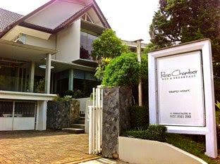 Hotel Bintang 2 Bandung - Rose Chamber Bed And Breakfast