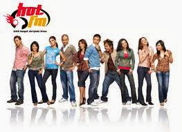 listen-online-radio-hot-fm