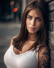 GIRL of the week