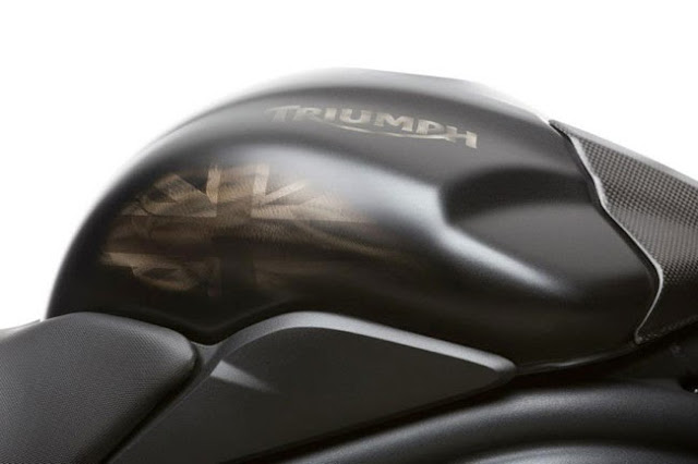 motonhapkhau Triumph Speed Triple R Dark 2013+%252812%2529