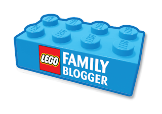 LEGO Blogger Badge Quinjet City Chase review set 76032