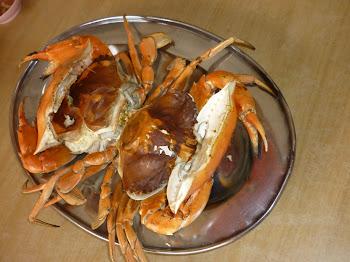 燒烤鮮美的雙壳螃蟹