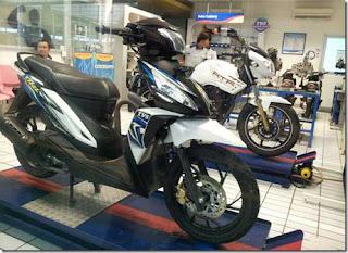 Fitur Spesifikasi Sepeda motor TVS DAZZ matic pertama
