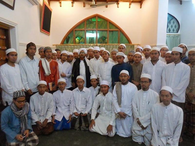 Nasehat Habib Umar Bin Hafidz Untuk Para Penuntut Ilmu