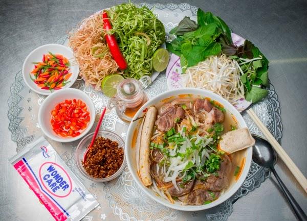 Các loại rau sống ăn kèm với Bún Bò Huế
